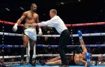 Дэвид Хэй вернулся в бокс, победив в первом раунде