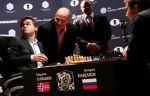 Карякин сыграл вничью с Карлсеном во второй партии матча за шахматную корону