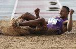 Чемпион мира в тройном прыжке Адамс из-за травмы пропустит начало летнего сезона