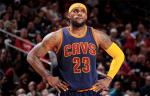 Майки Стивена Карри и Леброна Джеймса остаются самыми продаваемыми в НБА