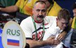 Профессиональные боксёры в долгу перед вырастившим их государством, уверен Лебзяк