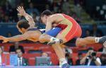 Борец греко-римского стиля Комаров победил на юниорском чемпионате мира