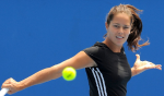 Бабош и Главачкова – первые полуфиналистки итогового турнира в Сингапуре