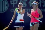 Бабош и Главачкова выиграли турнир в Сингапуре