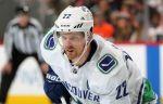 """Форвард """"Ванкувера"""" Седин признан первой звездой дня в НХЛ. ВИДЕО"""