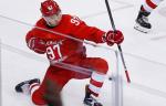 """Генменеджер """"Вегаса"""" рассказал, что Гусев отказался от бонусов ради переезда в НХЛ"""