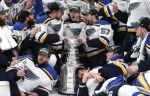 """""""Сент-Луис"""" впервые в своей истории стал обладателем Кубка Стэнли. ВИДЕО"""