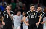 Главный тренер сборной Аргентины получил жёлтую карточку в матче с Катаром