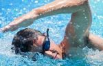 Морозов выиграл две золотые медали на этапе КМ по плаванию в Японии