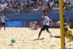 Пляжный футбол. Сборная Белоруссии переигрывает сборную России в серии пенальти