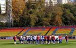 Сборная России провела тренировку в Сочи, Дзюба встретился с фанатами. ВИДЕО