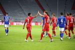 """""""Бавария"""" в стартовом матче Бундеслиги уничтожила """"Шальке"""", забив восемь мячей"""
