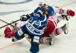 Легионеры убивают московский хоккей?