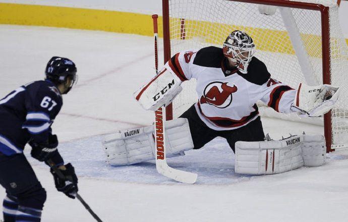 Шнайдер, Прайс и Макклемент – три звезды игрового дня в НХЛ