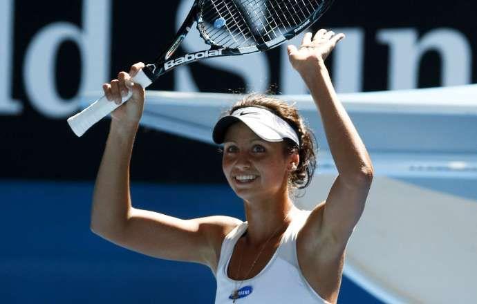 Елизавета Куличкова вышла в четвертьфинал теннисного турнира в Куала-Лумпуре