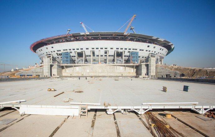 """На новом стадионе """"Зенита"""" завершён монтаж металлоконструкций выкатного поля"""