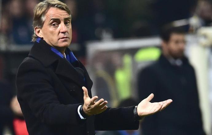 """Роберто Манчини: """"Летом хотим подписать топ-игроков, например, Коноплянку"""""""