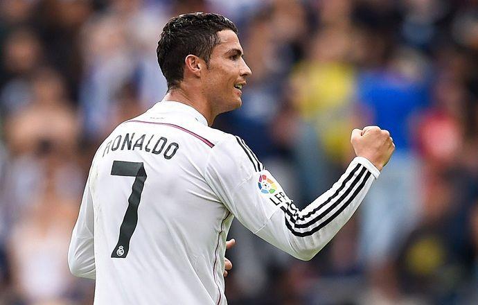 Роналду повторил рекорд Месси по количеству хет-триков в Примере