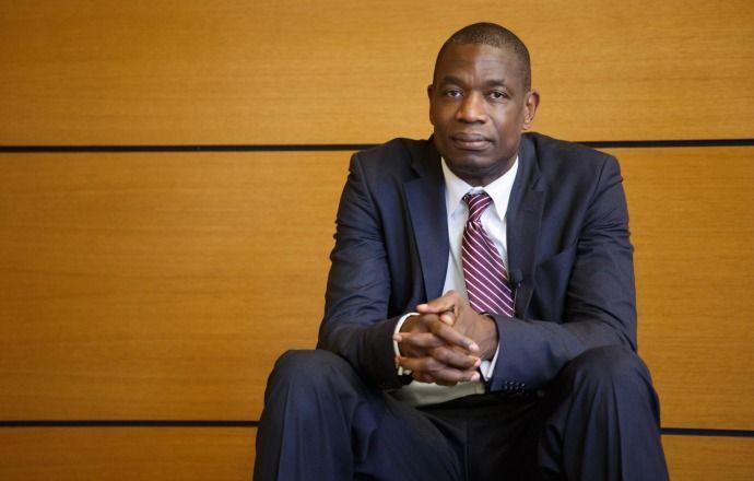 Центровой Дикембе Мутомбо будет включён в Зал славы баскетбола