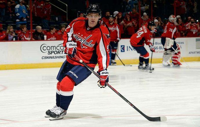 Евгений Кузнецов признан второй звездой игрового дня в НХЛ