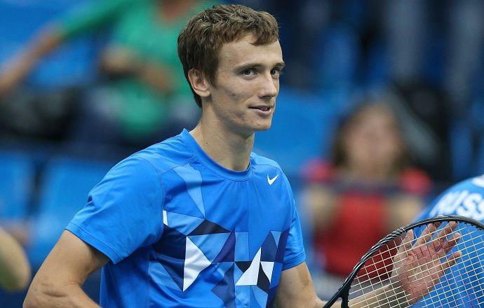 Андрей Кузнецов пробился во второй круг турнира в Женеве
