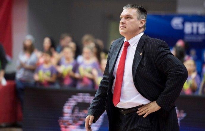 Евгений Пашутин продолжит работу в БК УНИКС в следующем сезоне