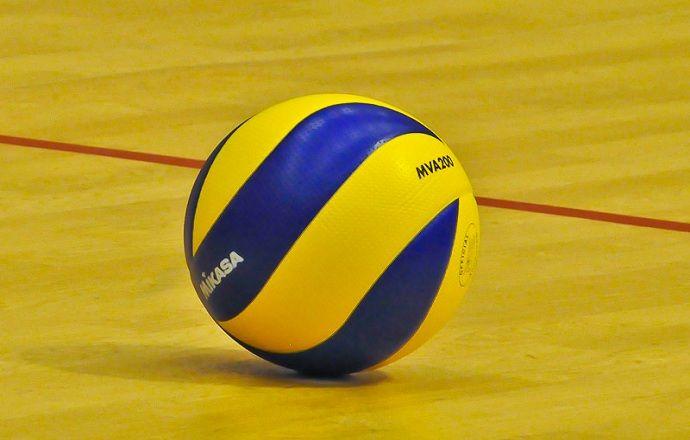 Российские волейболисты проиграли полякам на старте Мировой лиги-2015
