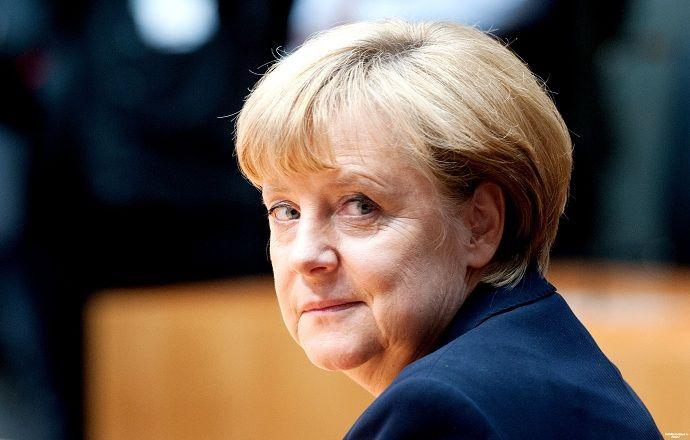 Ангела Меркель поддержала призывы расследовать факты коррупции в ФИФА