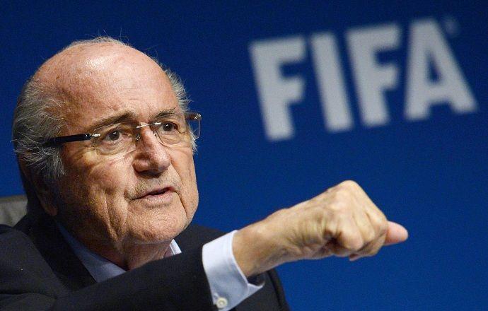 Президент ФИФА Йозеф Блаттер переизбран на пятый срок после отказа соперника