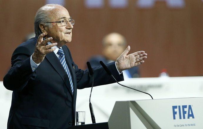 Исполком ФИФА приостановил членство федерации футбола Индонезии