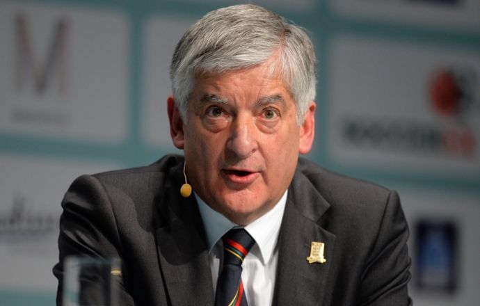 Бывший глава Футбольной ассоциации Англии удивлён отставкой Блаттера