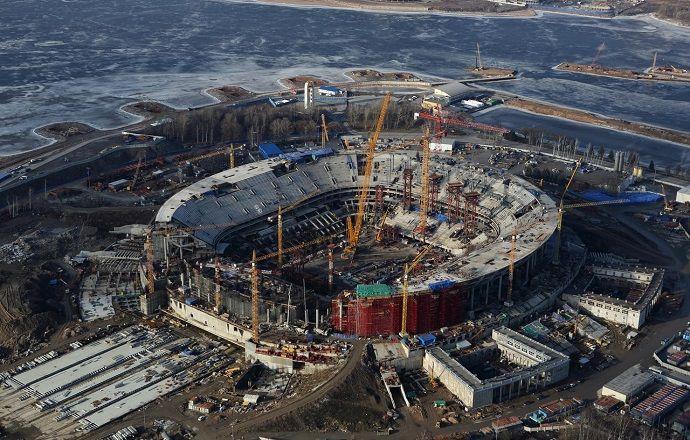 На стадионе в Петербурге завершён монтаж металлоконструкций кровли.