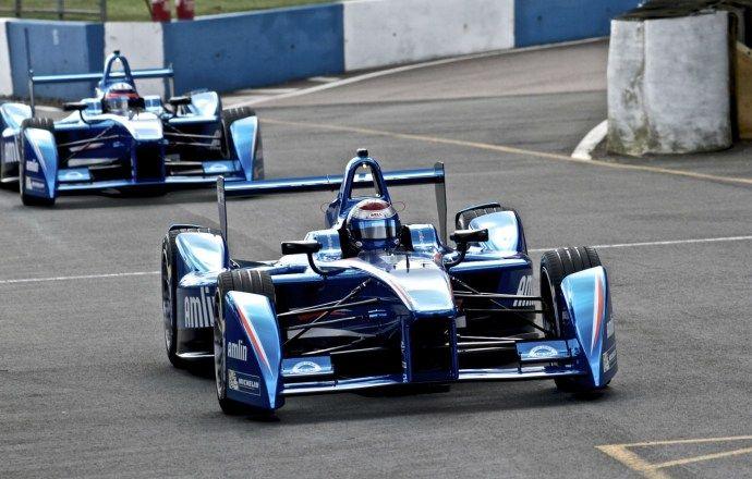 Пике, Буэми и ди Грасси стали обладателями FanBoost на этапе Формулы-Е в Москве