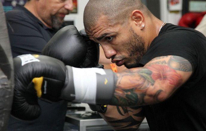 Пуэрториканец Мигель Котто защитил титул чемпиона мира по версии WBC