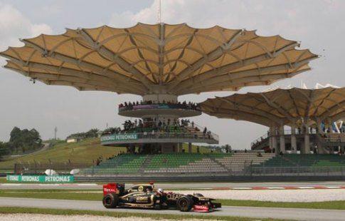 Гран-при Малайзии. Квалификация. Уверенная победа Льюиса Хэмилтона