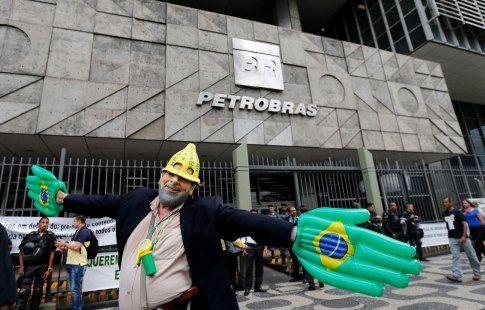 Бразилия может заморозить бюджет страны на 20 лет из-за ЧМ-2014 и Рио-2016