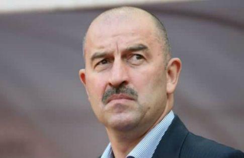"""Станислав Черчесов: """"Я должен помогать игрокам в тяжёлые моменты"""""""