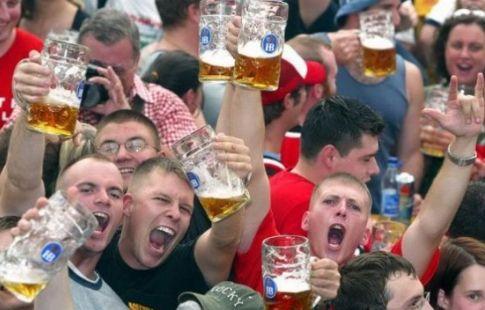 Глава комитета по спорту выступил против возобновления продажи пива на стадионах