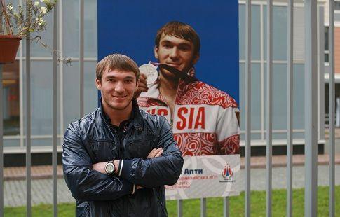 Штангист Апти Аухадов может лишиться трёх золотых медалей из-за допинга