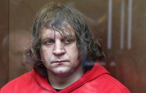 Александр Емельяненко освобождён из колонии по УДО