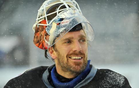 Лундквист оформил 60-й шат-аут за карьеру в НХЛ