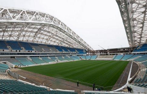 """Стадион """"Фишт"""" в Сочи сдадут к концу ноября"""