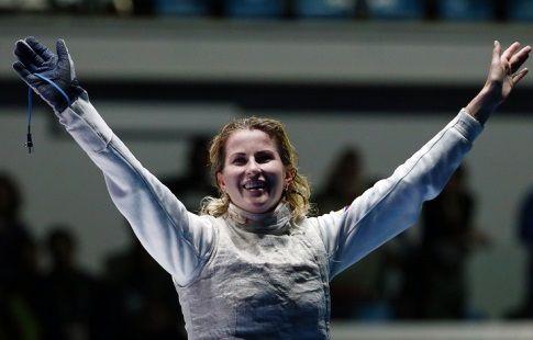 Рапиристка Инна Дериглазова выиграла этап Кубка мира по фехтованию