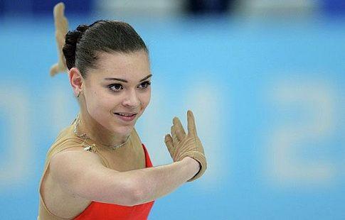 Аделина Сотникова не собирается уходить из любительского фигурного катания