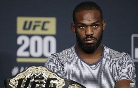 Боец UFC Джон Джонс дисквалифицирован на один год за допинг