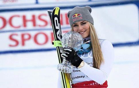 Американская горнолыжница Линдси Вонн сломала руку во время тренировки