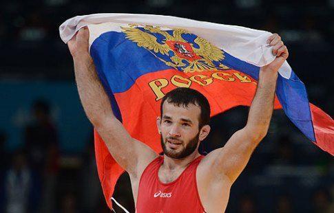 Российские борцы-вольники завоевали 6 медалей на международном турнире в Болгарии