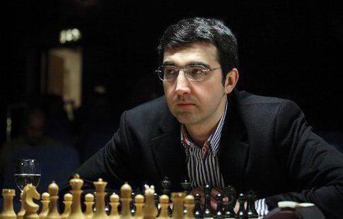 Крамник сыграл вничью с Непомнящим на шахматном супертурнире в Цюрихе