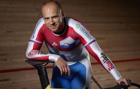 Велогонщик Дмитриев вышел в полуфинал индивидуального спринта на ЧМ