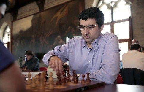 Крамник сыграл вничью с Опариным на шахматном супертурнире в Цюрихе